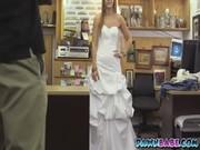 Невеста в платье секс