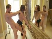 Порно видео соблазнила в ванной