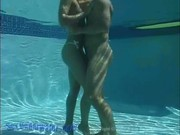 Видео подводного секса